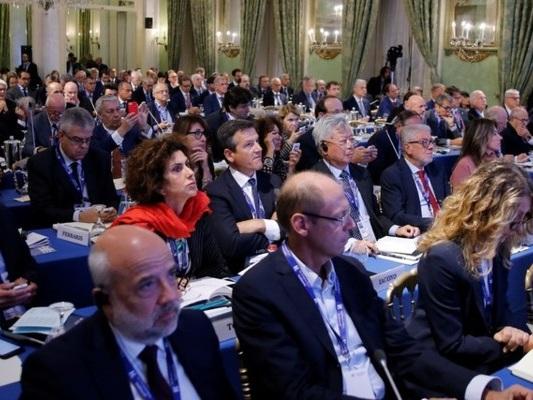 Il giudizio negativo su Conte di 200 imprenditori al Forum Ambrosetti