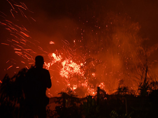Gli incendi stanno soffocando anche Indonesia, Malesia e Singapore
