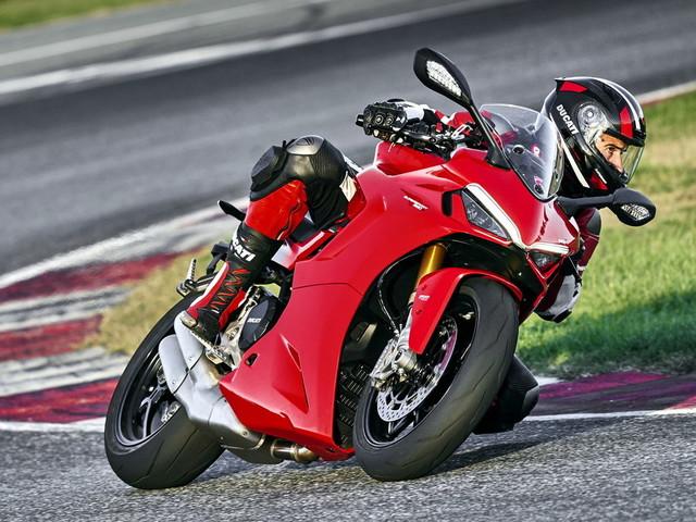 Ducati nuova SuperSport 950 e Panigale V4 SP