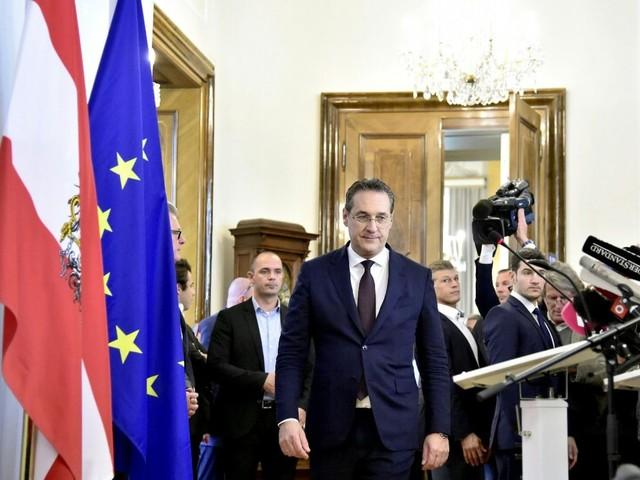 Austria, si dimettono i ministri del partito di destra populista Fpoe