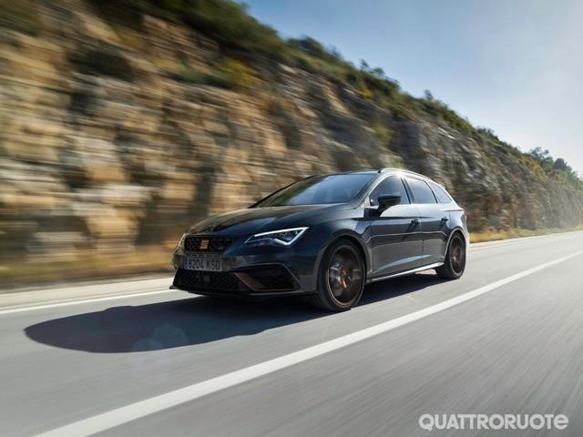 Seat Leon - Al volante della Cupra R ST