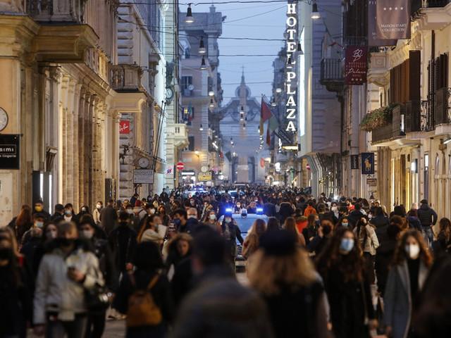 Il 12 gennaio partono i saldi a Roma, attesi 90 milioni di incassi in meno