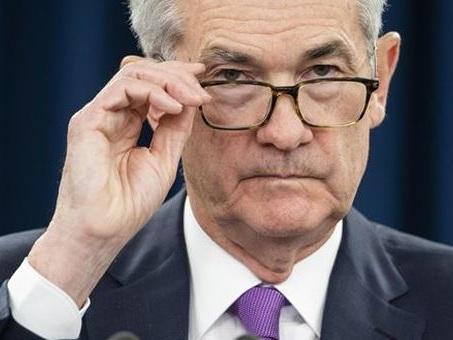 """Fed, Trump chiede taglio dei tassi """"di almeno"""" 100 punti base"""