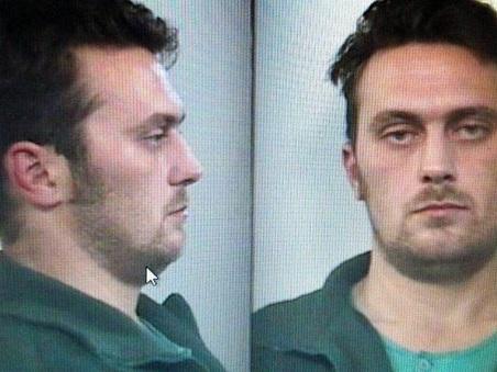 Ferrara, uccide guardia provinciale e ne ferisce gravemente un'altra: potrebbe essere il killer di Budrio