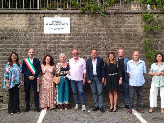 Il Comune di Formello dedica una piazza al noto autore Sergio Bardotti