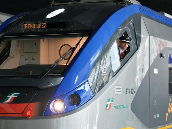 Piemonte, dal 10 luglio pieno carico su treni e bus extraurbani