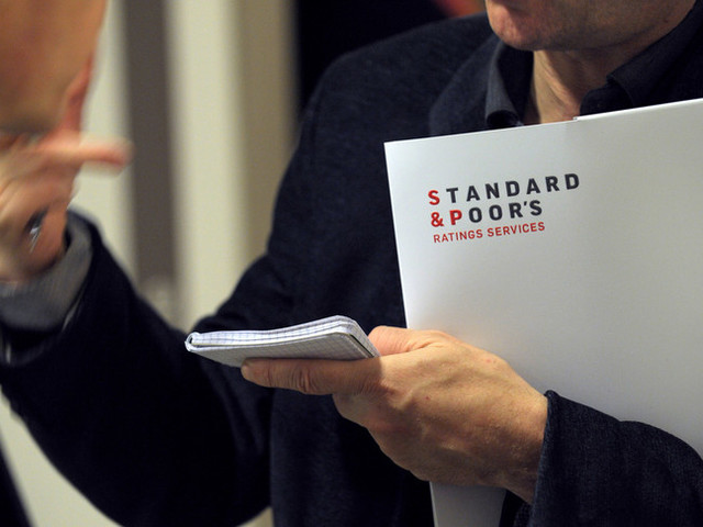 S&P conferma rating BBB e migliora outlook Italia