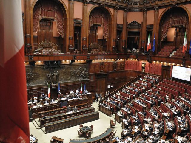 La Camera approva il secondo decreto Green pass
