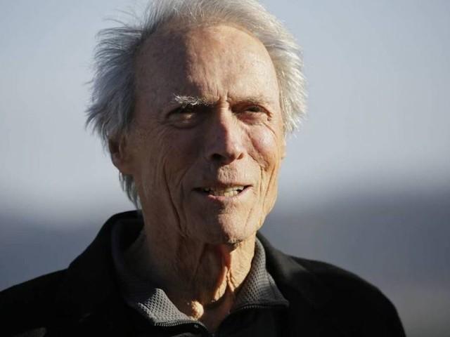 Clint Eastwood, i novant'anni di un monumento del cinema