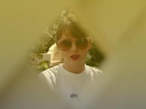 Lover di Taylor Swift è il disco della maturità di una popstar che sa addolcire anche il dissenso (recensione)