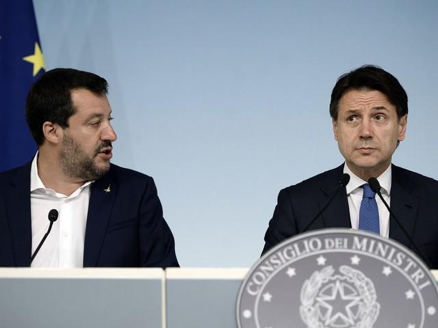 """Conte scrive ancora a Salvini: """"Fai sbarcare i minori"""""""