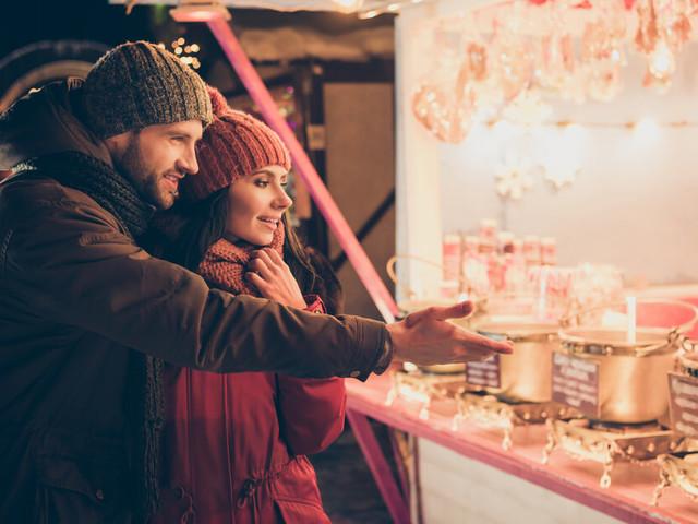 Casette di Natale e attività temporanee: cosa prevede la normativa