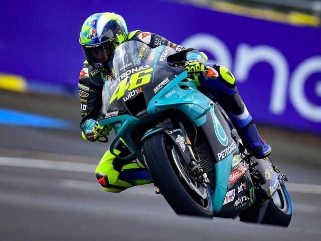 """LIVE MotoGP, GP Francia in DIRETTA: orario TV8 qualifiche. Valentino Rossi: """"Segnali incoraggianti"""""""