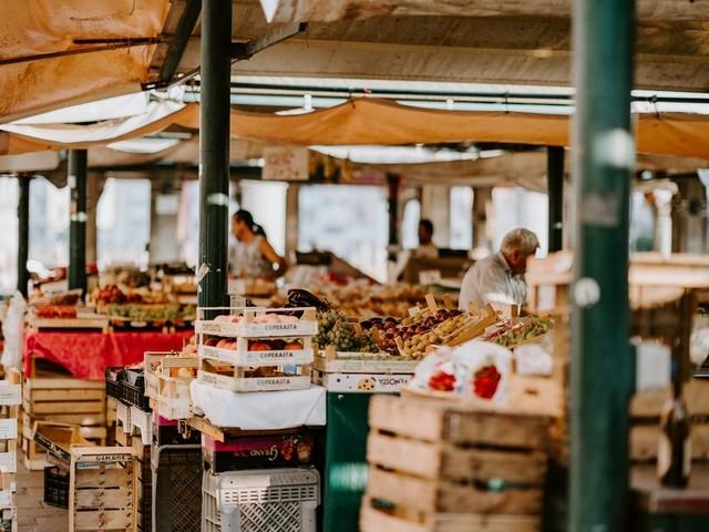 Allarme Coldiretti: fermare la falsificazione dei prodotti e le speculazioni sul cibo