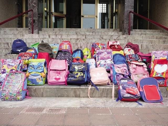 Milano, il Covid a scuola: migliaia in quarantena in poche ore. «Saltato il tracciamento»