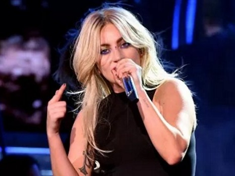 Nuovo concerto di Lady Gaga a Milano nel 2018, rimborsi biglietti e nuove prevendite per la data riprogrammata