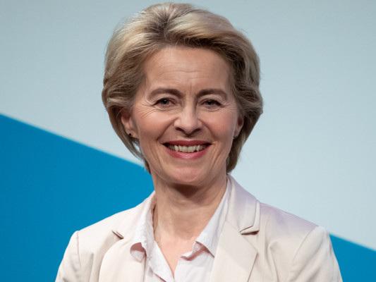 La Commissione Von der Leyen passa l'esame dell'Europarlamento
