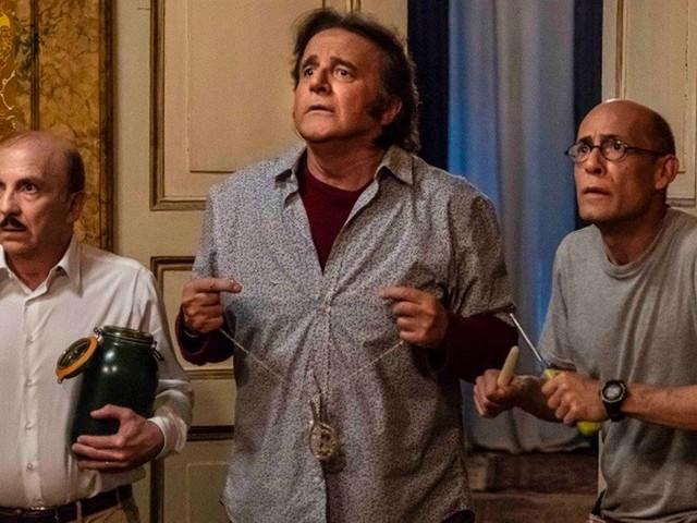 Sono Solo Fantasmi, Christian De Sica tra commedia, horror e autobiografia