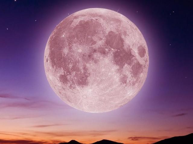 L'oroscopo di domani 23 gennaio: la Luna entra in Gemelli e il Toro gongola (1ª parte)