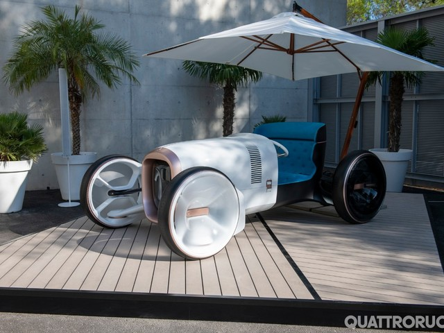 Mercedes - Al nuovo centro stile debutta la Vision Simplex