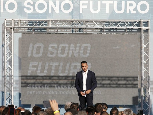 """M5s, voto online su organizzazione. Da Sabatini a Corrao e Toninelli: i sei facilitatori scelti da Di Maio. Castaldo: """"Listino bloccato è scorretto"""""""