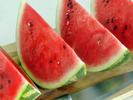 Chi vince il derby estivo cocomero-melone sulla tavola degli italiani