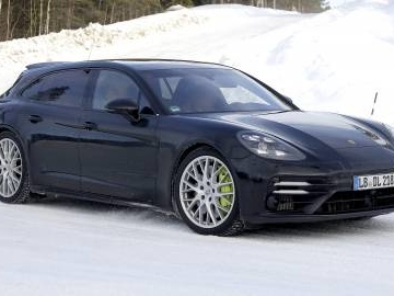 Nuova Porsche Panamera: come cambia con il facelift 2020