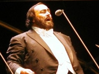 Donald Trump, gaffe su Pavarotti: non sa che è mancato