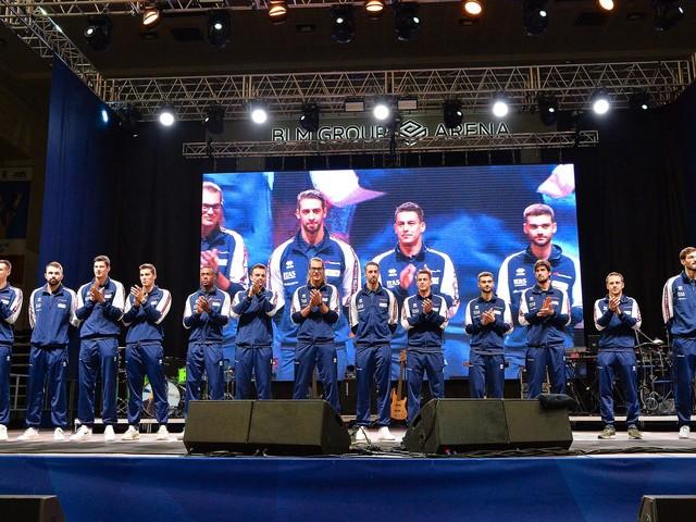 Grande festa con 3.300 tifosi per i vent'anni di Trentino Volley