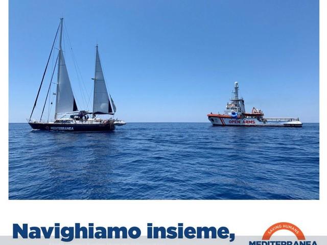 Mediterranea sfida Salvini. Quel cavillo della bandiera per aggirare lo stop