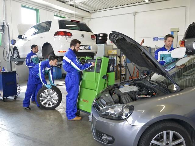 Manutenzione e riparazioni auto: spesi 32,1 miliardi nel 2018