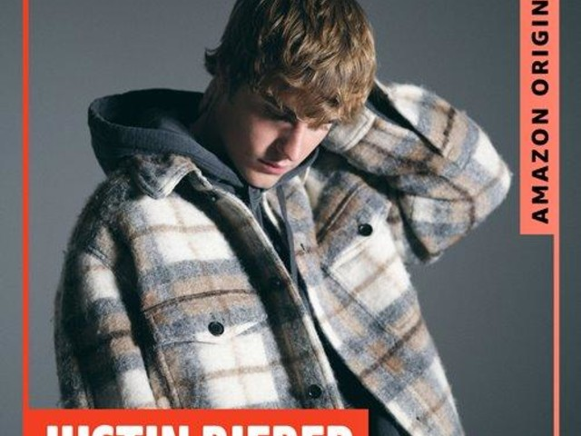 Justin Bieber: audio, testo e traduzione di Rockin' Around The Christmas Tree