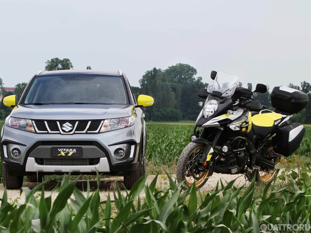 Salone di Torino 2017 - Esposte le Suzuki Vitara XT e Swift GSX-RR Replica