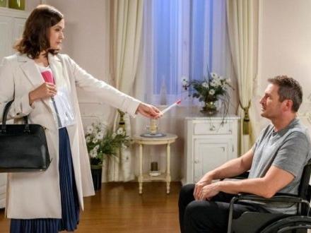 Tempesta d'amore, anticipazioni tedesche: Christoph ricatta Eva per fare il test di paternità!
