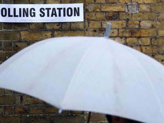 A Londra (sotto la pioggia) sarà una lotta all'ultimo voto