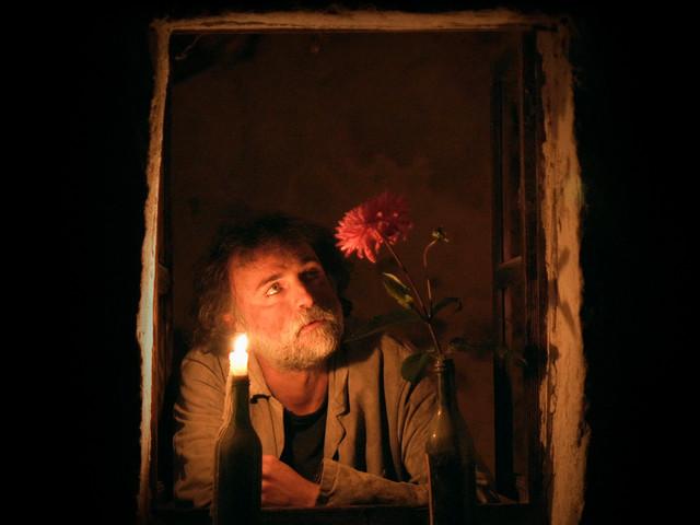 Lontano: l'Ep d'esordio di Emanuele Bozzini