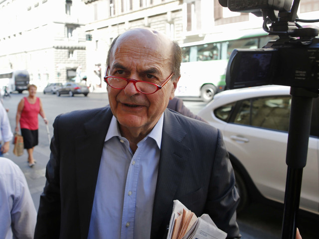 """Bersani """"ricatta"""" Zingaretti: """"Tornare nel Pd? Solo con un altro Ulivo"""""""