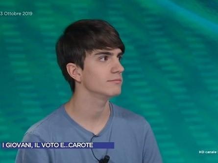 Nuela, da X Factor a Omnibus: sì a «Carote», no al voto a 16 anni