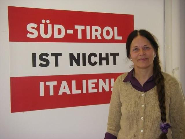 Eva Klotz e l'emergenza Covid «Ormai chiaro che l'Alto Adige non ha niente a che fare con l'Italia»