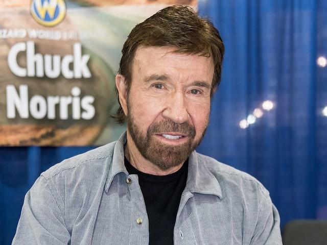 Attenti ad avere un sosia: per alcuni Chuck Norris ha attaccato il Campidoglio