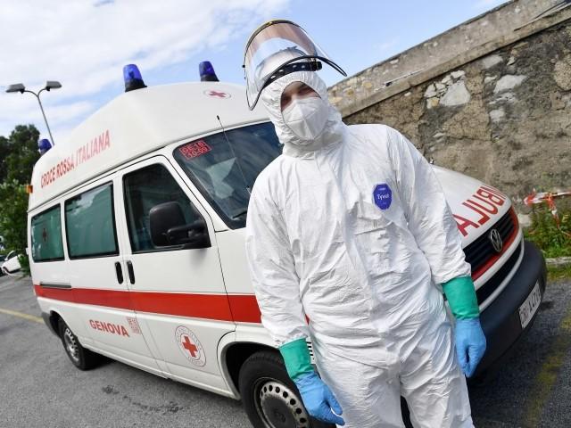 «Virus, pronti a un nuovo picco anche peggiore del primo» Arcuri: «Milioni di mascherine»