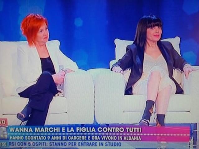 """Live non è la D'Urso, Wanna Marchi umiliata in tv fa mea culpa: """"Non andate da maghi e imbonitori come me"""""""