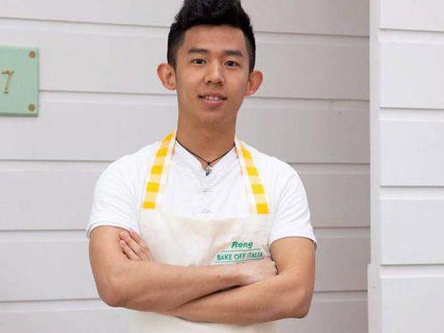 Rong Hao Wu, Bake Off Italia 2019: chi è il 19enne di Milano – VIDEO