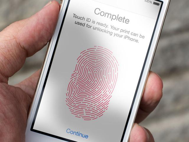 iPhone, addio definitivo al Touch ID nel 2018?