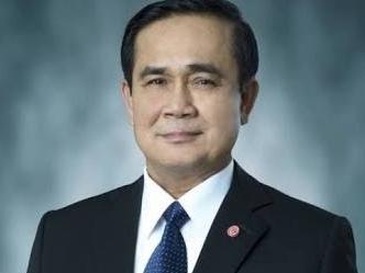 Le rose sono rosse: Prayuth interrompe un incontro del governo per leggere una sua poesia originale sulla Thailandia