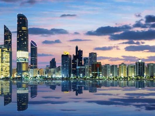 ABU DHABI: LA GUIDA COMPLETA E CONSIGLI DI VIAGGIO