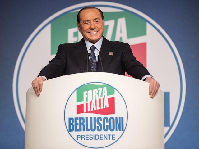 """Berlusconi in Piemonte: """"La Tav ora va realizzata Il centrodestra vincerà"""""""