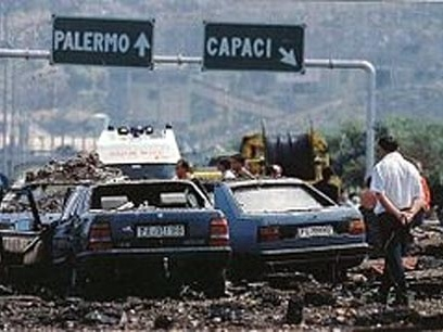 Giovanni Falcone, Francesca Morvillo, Vito Schifani, Rocco Dicillo, Antonio Montinaro: 26 anni fa Strage mafiosa di Capaci, 23 maggio 1992