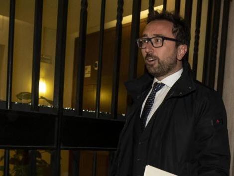 Bonafede: «Le accuse a De Vito troppo gravi non espellerlo». E se fosse innocente?
