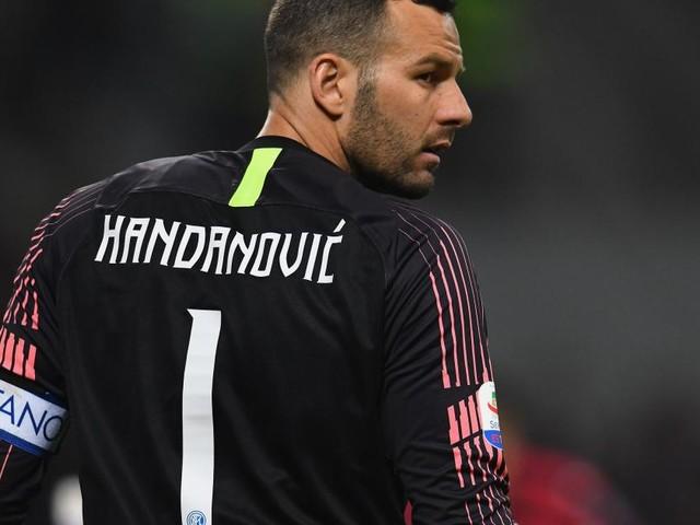 Inter: l'erede low cost di Handanovic potrebbe essere Gulacsi del Lipsia